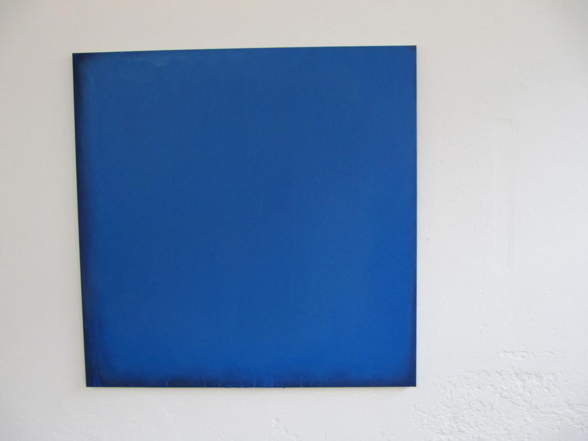 blue – black, 2010 / pigments on cotton / Aargauer Kunsthaus, Aarau